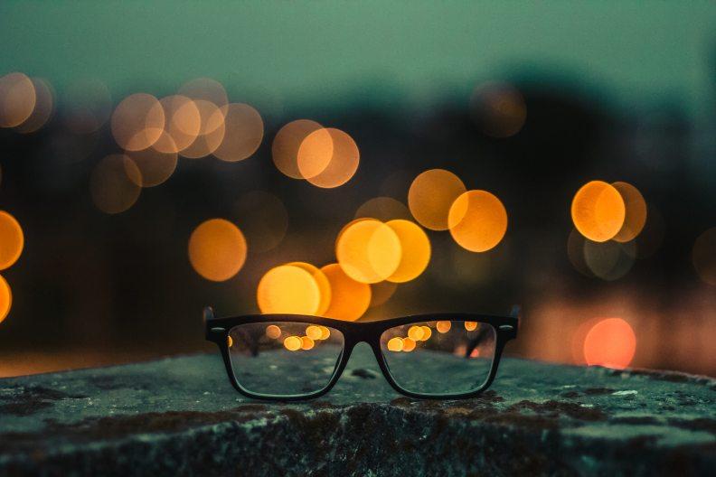 bokeh-eyeglasses-eyewear-1331386
